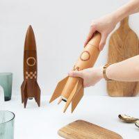 NAM-00087-hands-using-light-rocket-grinder-in-kitchen